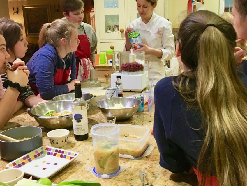 Duke of Edinburgh Award Scheme cookery workshop for teenagers, 3 and 6 month courses for bronze, silver and gold levels. The photo shows Be demonstrating healthy ice cream