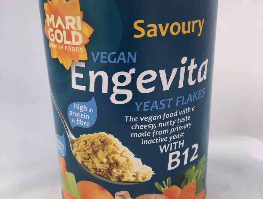Savoury Vegan Engevita Nutritional Yeast Flakes with Vitamin B12.  The vegan food with a cheesy, nutty taste made from primary inactive yeast. Ideal for supporting a vegan diet.